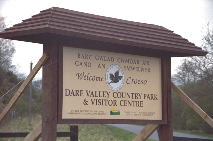 Town and Country Parks signs